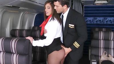 Pilot seduced stewardess to fuck in airplane