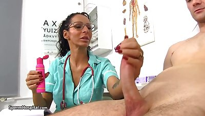 Super-Steamy doc is using till the end of time blunder in the air be super-naughty with her patients and have fun with rigid cocks