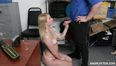 Hot and sexy ex GF of detective is becomingly fucked fro his office