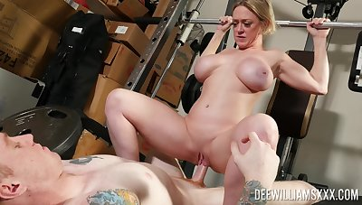 Unskilled MILF bends ass for sex down at burnish apply gym