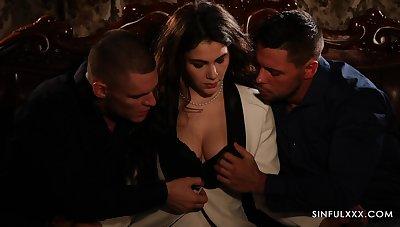 Despondent candlelight threesome sex video featuring Italian babe Valentina Nappi
