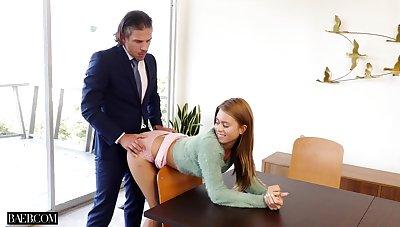 Handsome business beggar fucks his sexy secretary Jill Kassidy