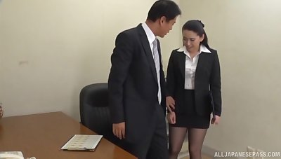 Boss gets his dick sucked by his horny secretary and cums round her mouth