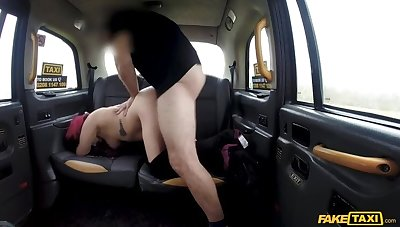 Tattooed chick wants cabbies cock